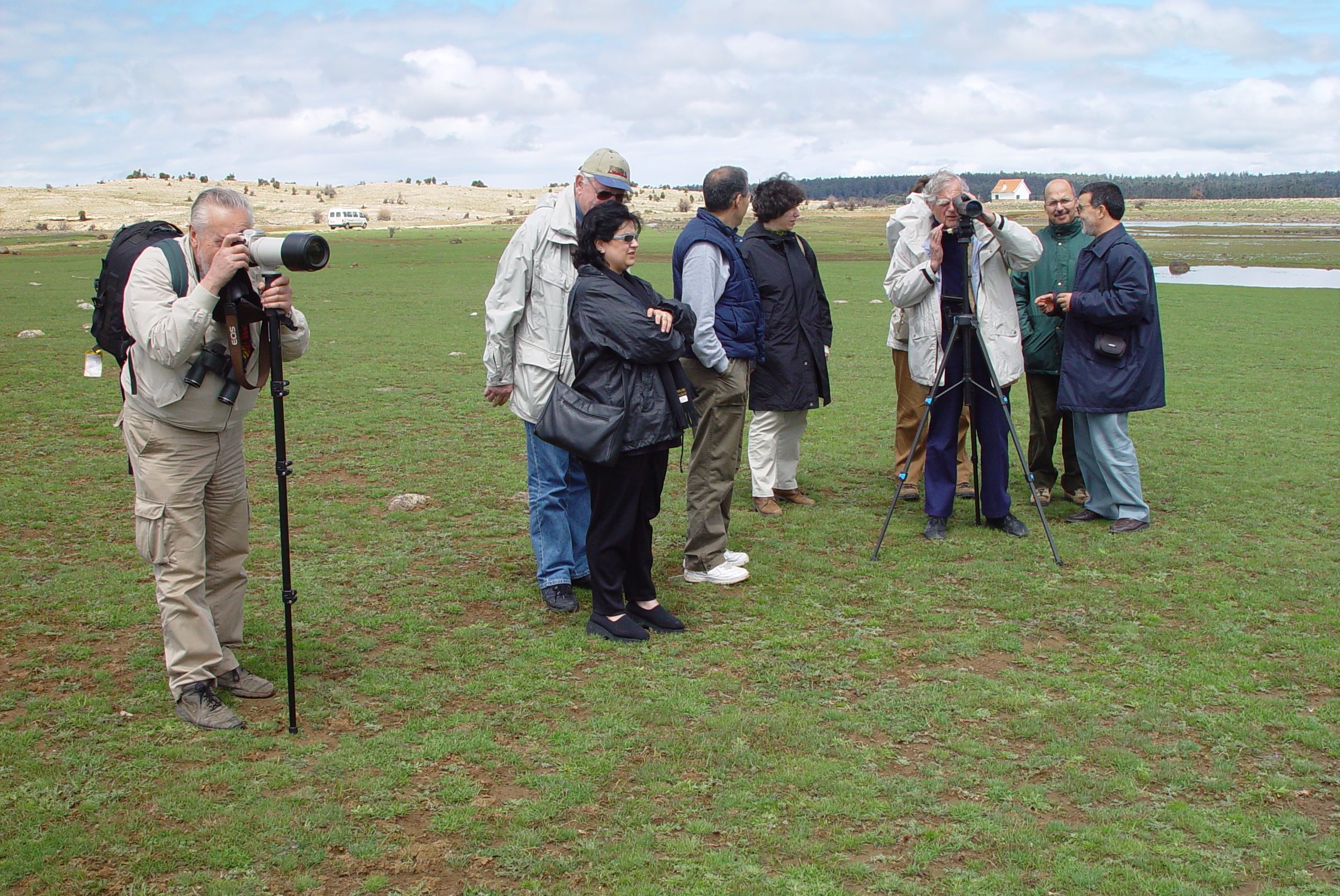 Feu Luc Hoffmann dans le site Ramsar Aguelmam Afennourir Région d'Azrou Maroc avril 2002